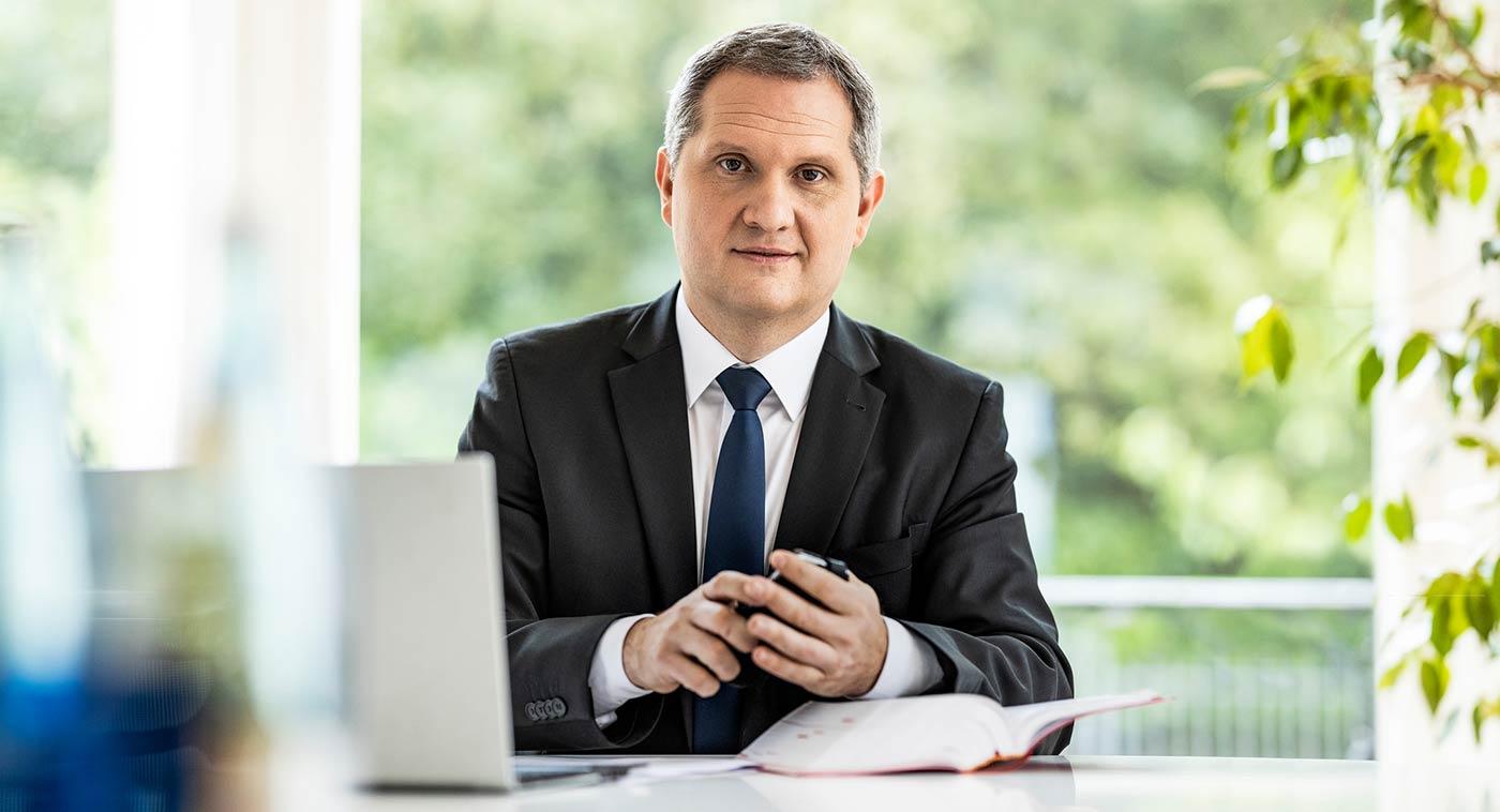 Jörg Luft - Avocat